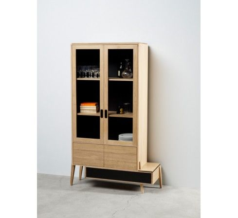 Photo de liser 363 armoire vitrine cologique en bois for Meubles design france