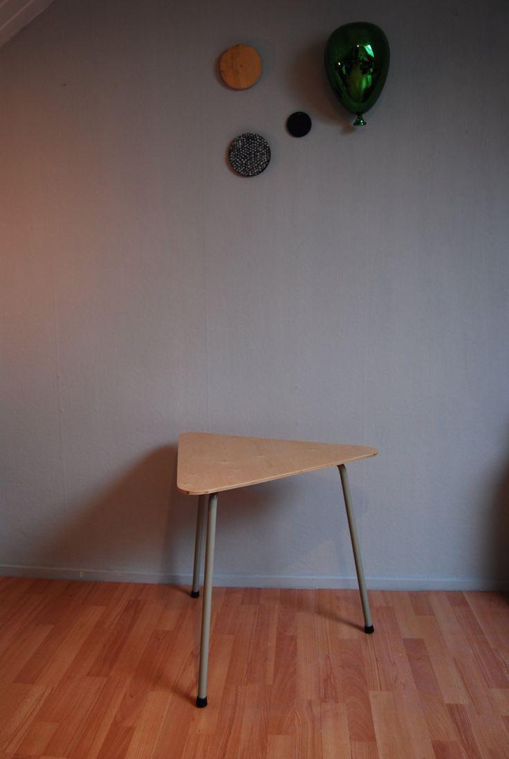 Mooie tafel uit jaren 60 door VintageMegggie op Etsy