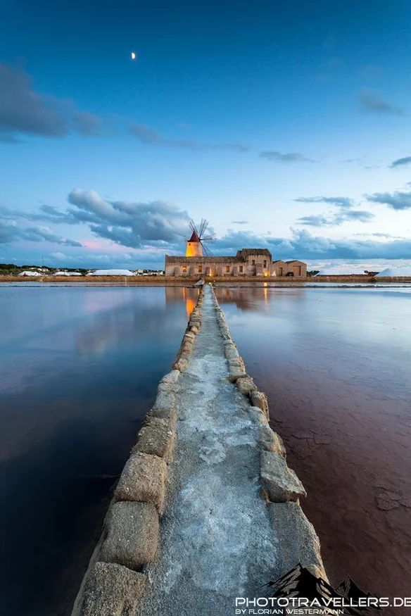 Le saline dello Stagnone. Discover #Italy with our Evolution #Travel Tours http://italy.travelling4ever.com/en_US/home.html