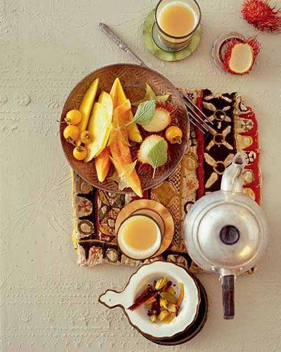 Chai-Tee mit Obstsalat für Hals und Seele