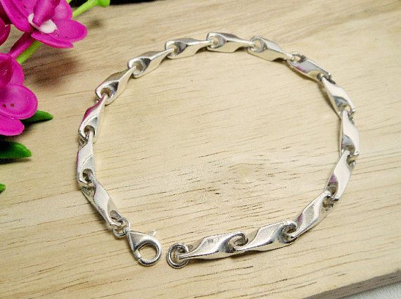 Cool 3D Men 5.5 mm Wide Sterling Silver Solid Link Chain