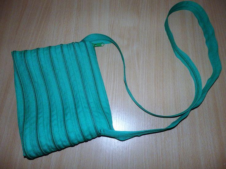 Zipová kabelka