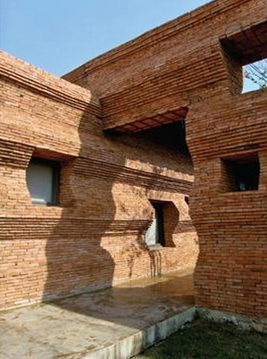 HIC*: Boonserm Premthada   Film Institute in Thailand, AR+D Emerging Architecture Awards: Joint Winner