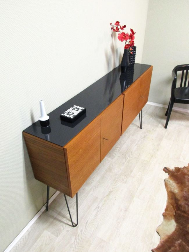 die besten 25 sideboard metall ideen auf pinterest. Black Bedroom Furniture Sets. Home Design Ideas