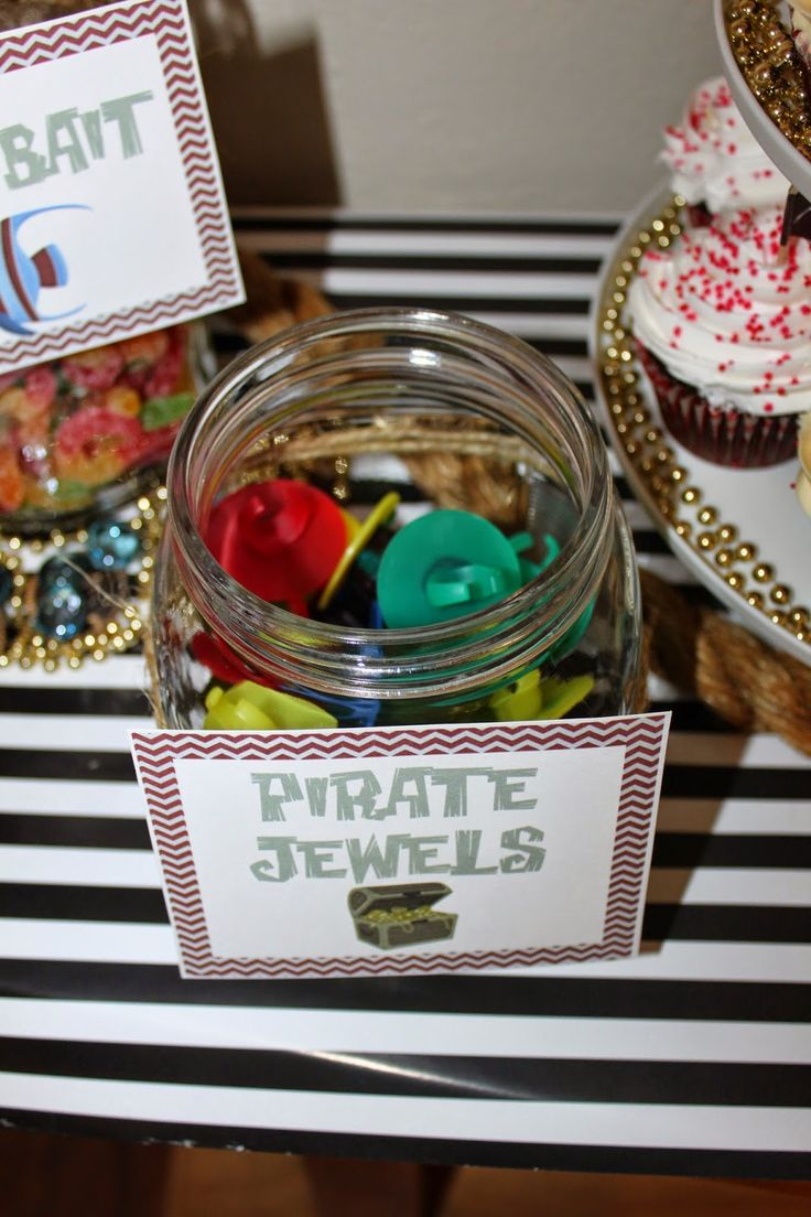 Everything you need to throw your Jake and the Neverland Pirates party including free printables, party tips and game ideas
