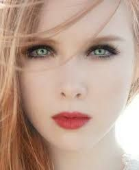 Winter Lady -Molly Carpenter- Molly Quinn