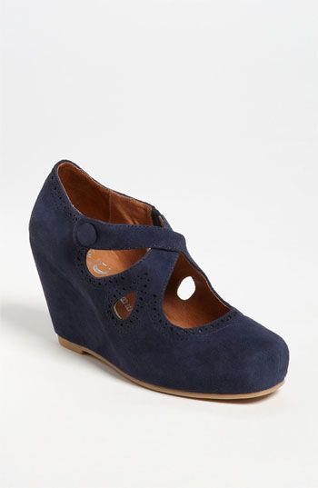 Jeffrey Campbell 'Leigh' Wedge