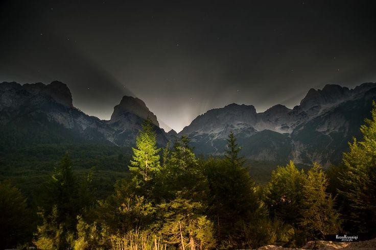Konjushka Peak, Prevalle