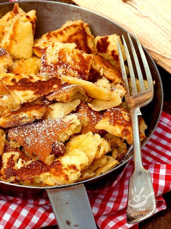 Le Kaiserschmarrn (frittatine dolci tirolesi) senza glutine sono dolci bavaresi. Semplici e golosissime. Con queste delizie conquisterete tutti i palati!