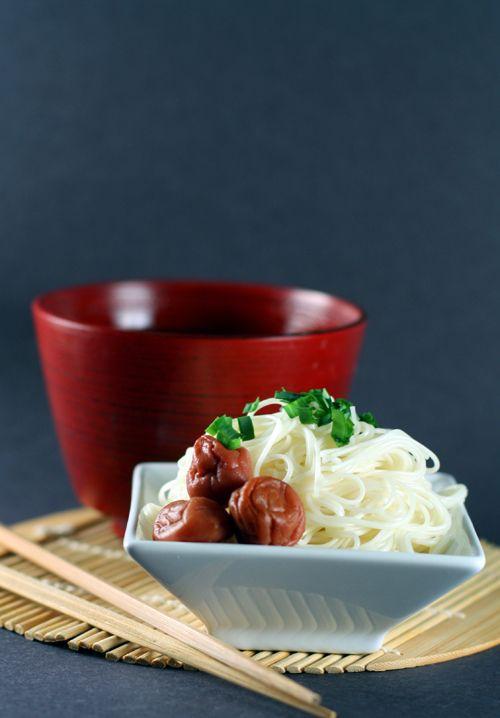 Japanese noodles -somen-: Somen Noodles, Mushroom Somen, Japanese Noodles, Noodles Paradise, Noodles Bowl, Noodles Somen