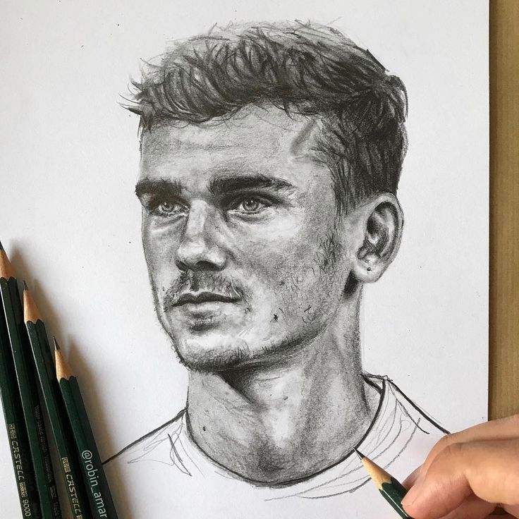 Antoine Griezmann Portrait By Artist Robin Amar From France Robin Amar Pencil Pencilart Art Drawing Pencildrawing Ma Sports Drawings Portrait Art