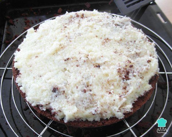 Bizcocho De Chocolate Y Coco Rallado Torta Prestigio Receta Tortas Bizcocho De Chocolate Pastel De Chocolate Esponjoso