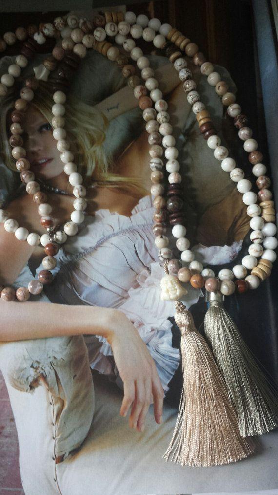 sautoir mala en Jaspe bois perles du tibet buddha par LAsoulbijoux