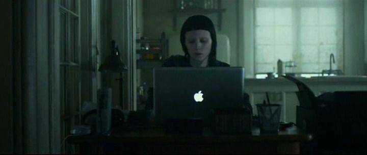 The Girl With The Dragon Tattoo #Apple Macbook Pro #RooneyMara #ProductPlacement