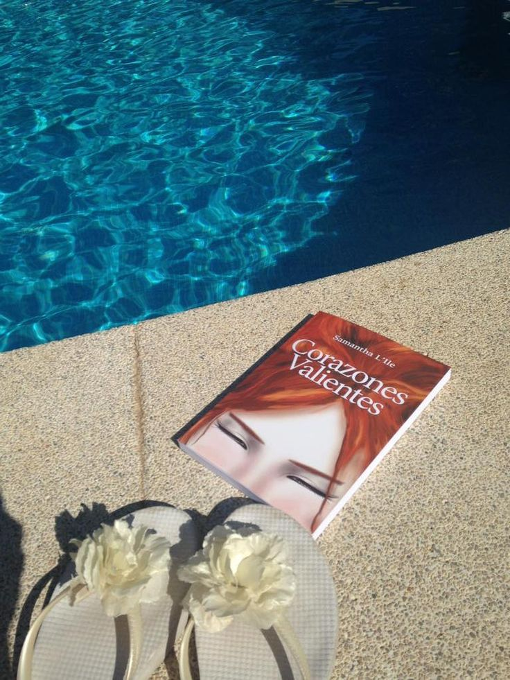 "Martha Faë on Twitter: ""Aún queda verano ☀️ a leer la novela de @SamanthaLIle en papel. ¡Qué bonita ha quedado! http://t.co/mijpteUHYa"""