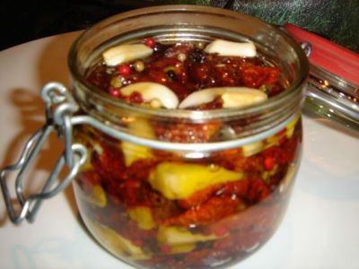 Итальянская «Изюминка» - вяленые помидоры : Закуски и бутерброды
