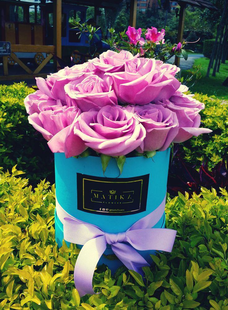 @matikaflowers - Presentación de 12 hermosas rosas #rosas #roses #matikflowers #rosa #flowers #diseño #colores #love #amor #amistad #flowers #regalo #detalle #novios #esposos #aniversario #compromiso #complice #lujo #sorpresa #bogota #colombia