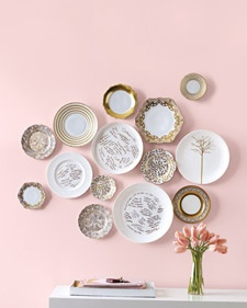 From fragrant flower garlands to unconventional guest books, these ideas are sure to enhance the walls at your wedding.Decor, Wall Art, Ideas, Vintage Plates, Dining Room, Guest Books, Plates Wall, Guestbook, Plate Wall
