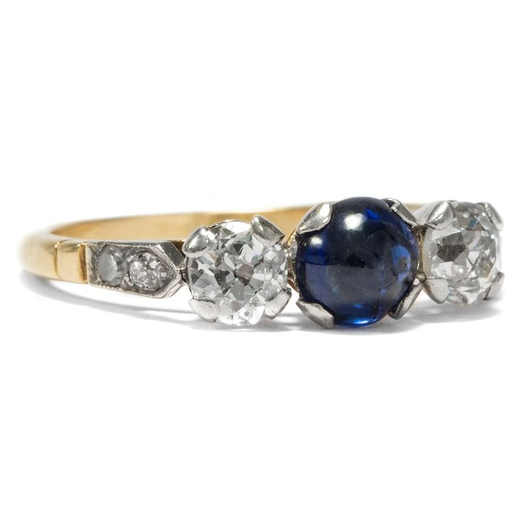 Auf ewig Treu - Antiker Trilogie-Ring mit Saphir & Diamanten, um 1910 von Hofer Antikschmuck aus Berlin // #hoferantikschmuck #antik #schmuck #Ringe #antique #jewellery #jewelry // www.hofer-antikschmuck.de