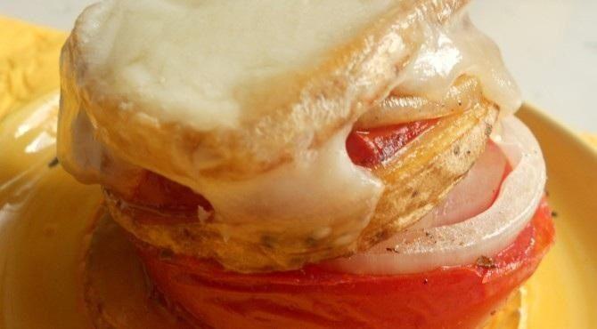 Opentaste - Onions and potato pie