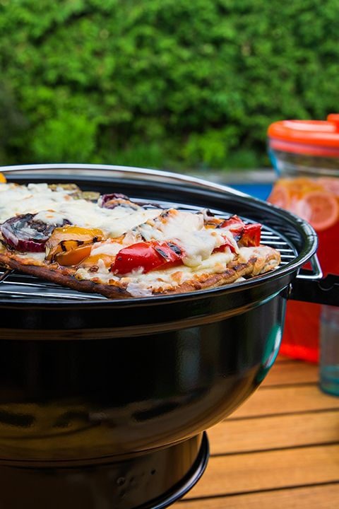 INGREDIENTS BY SAPUTO   Say goodbye to your traditional oven-baked pizza recipe. You won't miss one minute with your guests when you make this healthy grilled pizza with peppers, eggplant, zucchini and Saputo Mozzarellissima mozzarella cheese. It's the perfect quick recipe idea for your next summer BBQ!