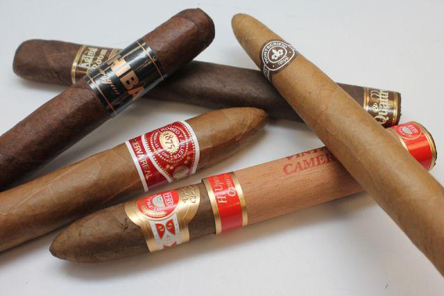 Montecristo-H-Upmann-Cigar-Sampler