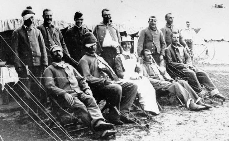 Nursing Sister Minnie Affleck, First Canadian Contingent, South African War, 1900. (Library and Archives Canada Photo, MIKAN No. 3407158)