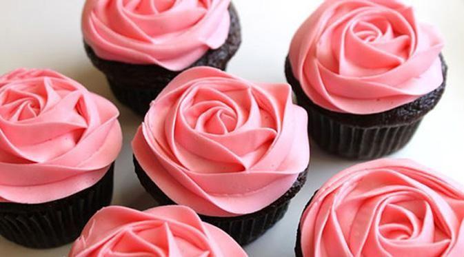 Cupcake Desain Bunga Mawar