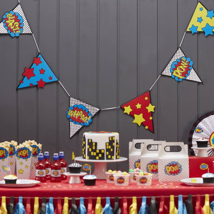 Comic Superhero Party Bunting : international shopping for Comic Superhero Party Bunting on Sendit.to.