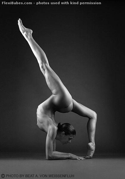 Flexible Nude Models