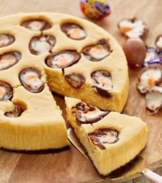 Recipe for White Chocolate and Creme Egg Baked Cheesecake