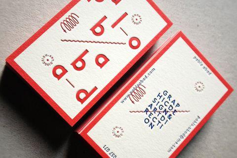 Pablo Abad, graphiste madrilène, refait ses cartes de visite. Good Job !