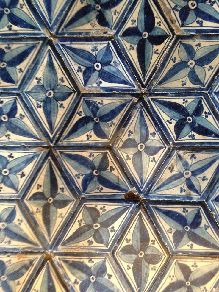 1296 best tan tiles images on pinterest tile tiles and for Roof tile patterns