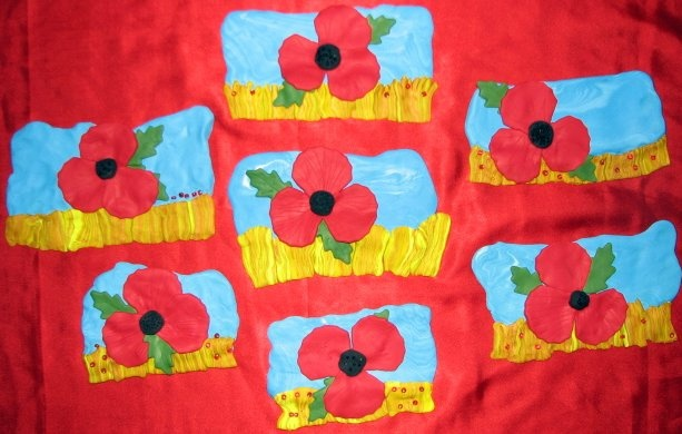 Remembrance Day Poppy Craft with Fimo. Easy kid craft.