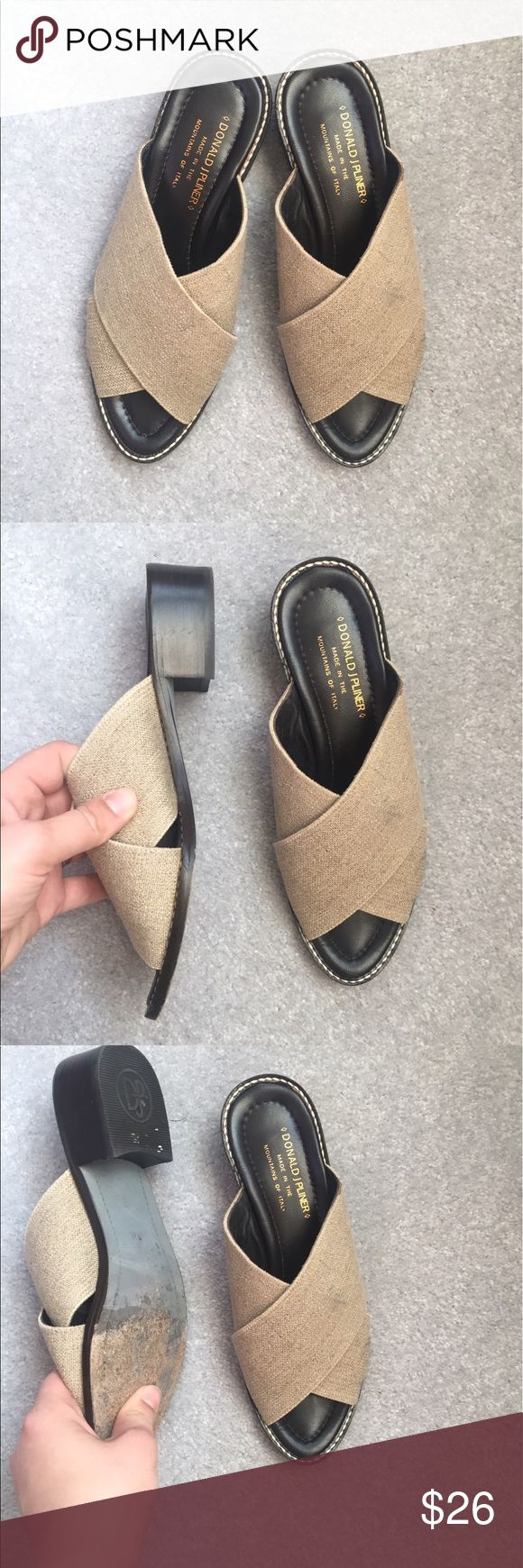 Donald J Pliner Neutral sandal slides size 7 Gorgeous neutral woven material criss cross coverage over the foot with a 1.5 inch block heel sandals from Donald J Pliner in a size 7. They are in very good condition with light wear. Donald J. Pliner Shoes Sandals
