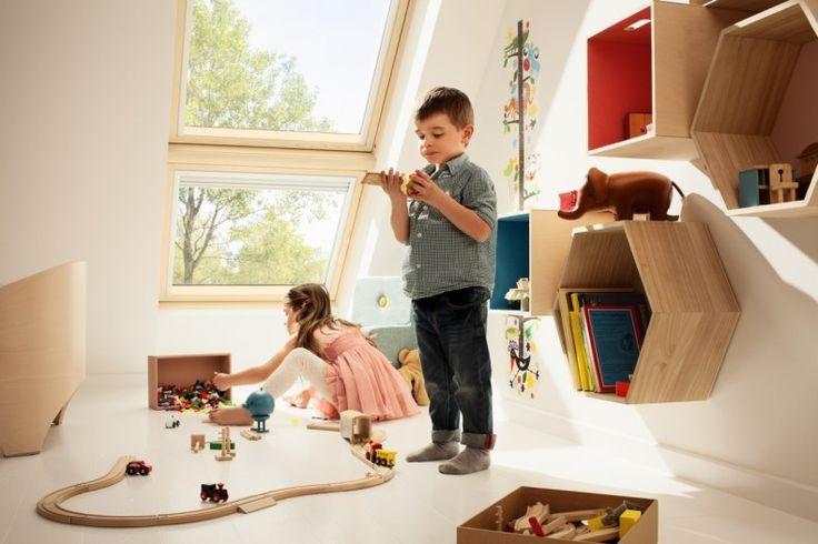 Pokój dziecka na poddaszu. Fot. Velux