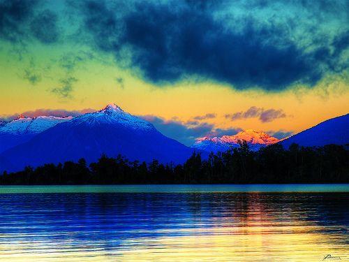 Lake te Anau, Southland, New Zealand