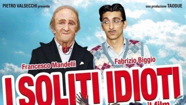 """Stasera in tv su Italia 1: """"I soliti idioti - Il film"""""""