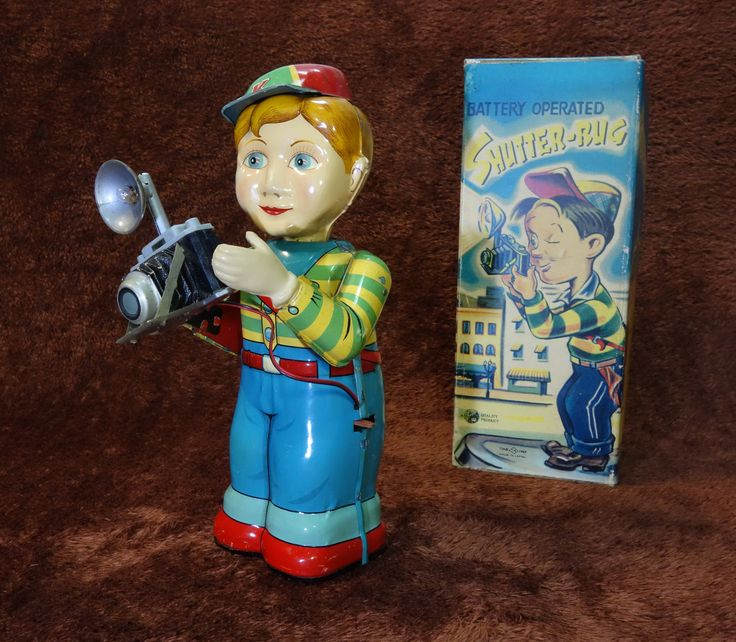 Battery Operated Tin Toys 5
