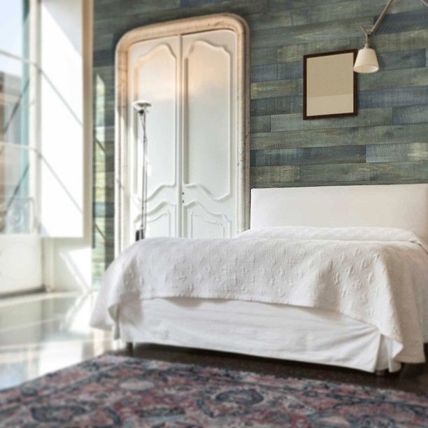 Blue Panelled Accent Wall: AS-IS Wood Wall (Blue-ish) [Bedroom, Behind Bed, Cool
