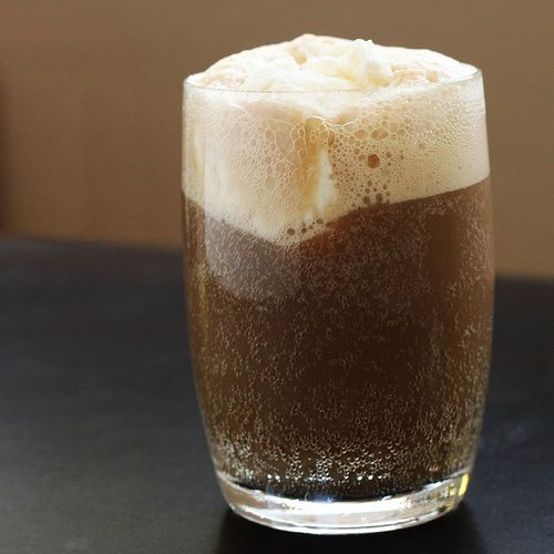 alcoholic root beer float