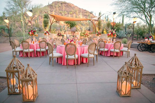 Affordable Wedding Venues That Don T Feel Cheap Here Comes The Guide Arizona Wedding Venues Arizona Wedding Phoenix Wedding