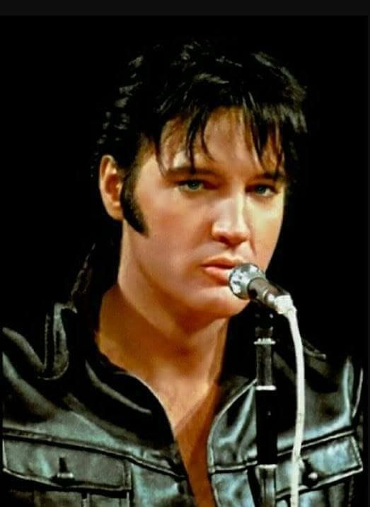 Pin by Lorraine Clayton on Elvis black leather 68 | Elvis ...
