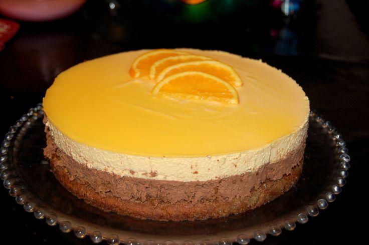 génoise, craquant choc, mousse chocolat, mousse orange et miroir orange