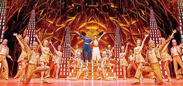 劇団四季ミュージカル『アラジン』。魔法の絨毯に乗って、果てしない彼方へ。超一流クリエイターの手で蘇った伝説のファンタジー、世界最速で日本上陸!