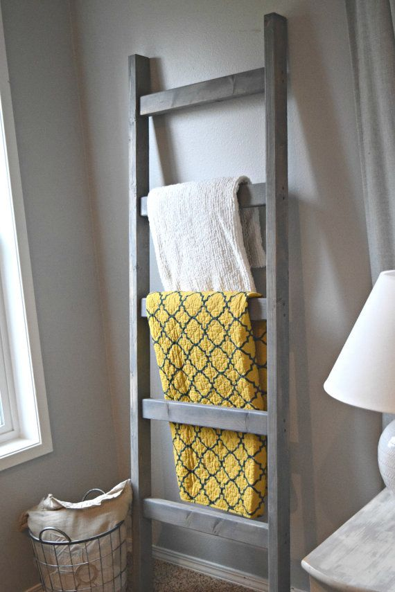 Weathered Gray Blanket Ladder