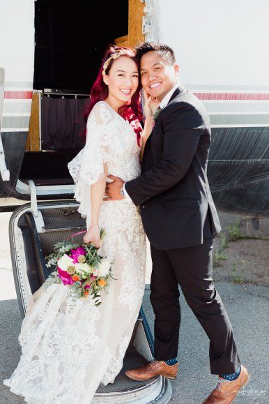 Looking for a unique wedding venue right here in Alberta? Well, look no further! Honey Couture Photography put together this amazing styled shoot at the Alberta Aviation Museum in Edmonton. This shoot features an incredible line up of vendors, Novelle Bridal, MAI Makeup, Twigs & Honey and Two Buds Floral Artistry.