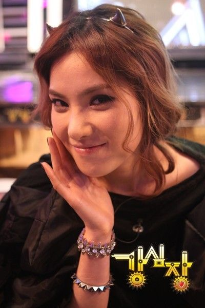 Gummy's mom debuted as a singer in 2010 #allkpop