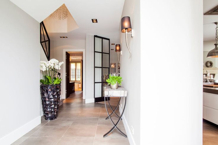Your entrance hallway should be thought of as the calling ca…