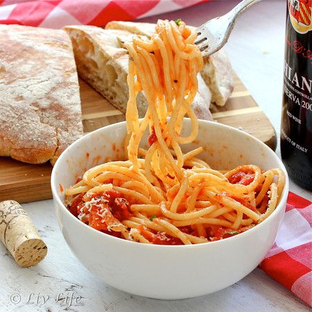 Pasta All'Amatriciana - Easy to have on the table on busy school nights!   #pasta #recipe @livlifetoo